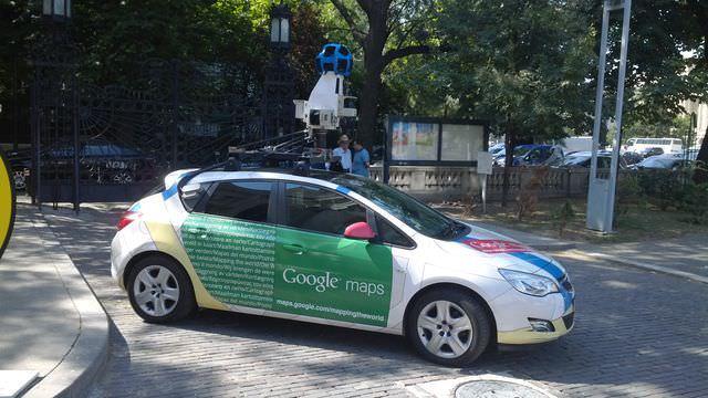 Maşină Google Street View