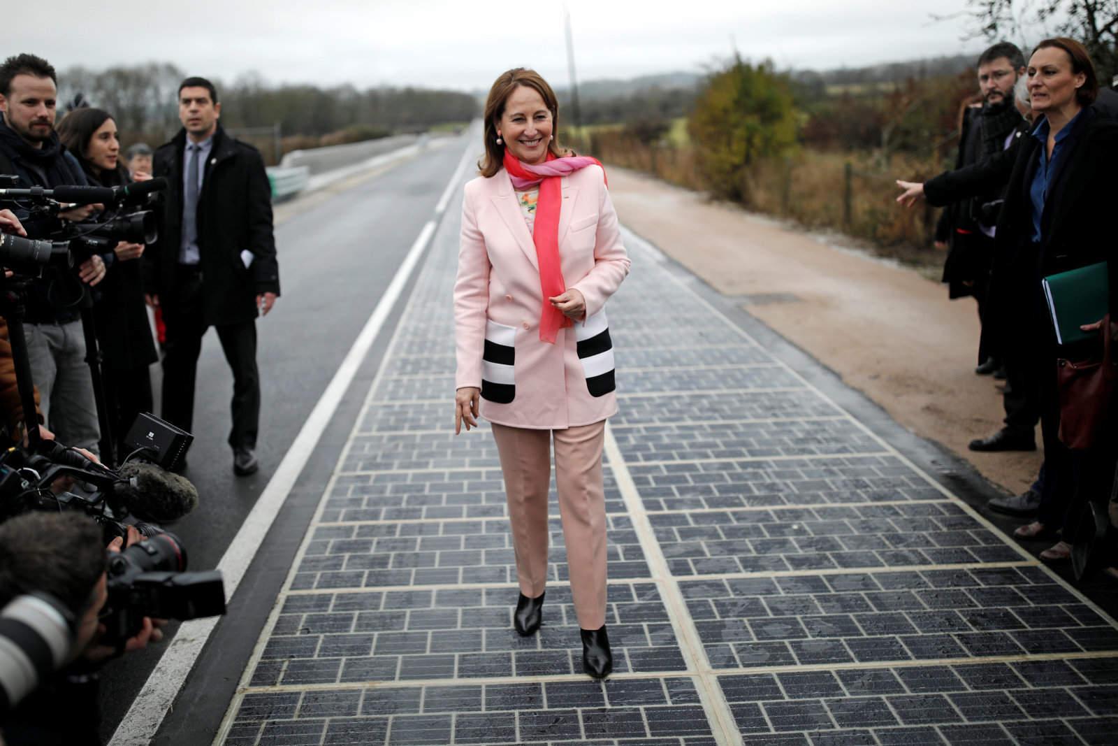 prima șosea solară din lume